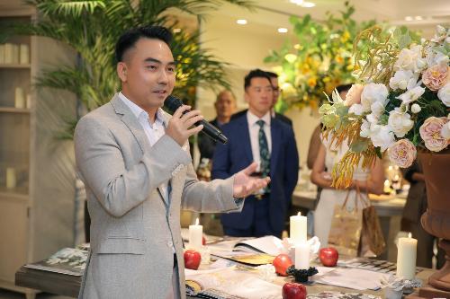 Ông Phạm Cao Đông - Tổng giám đốc CDC Home Design Center - người dẫn chuyện tại sự kiện.