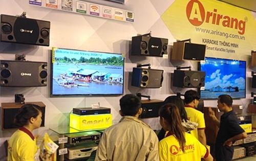 Một trong những sản phẩm kinh doanh chính của Công tyDịch vụ Phú Nhuận là thiết bị karaoke Arirang.