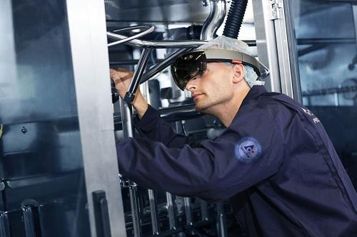 Ứng dụng 4.0 được áp dụng trong kiểm soát chức năng từng chi tiết đến cả dây chuyền trong nhà máy Tetra Pak.