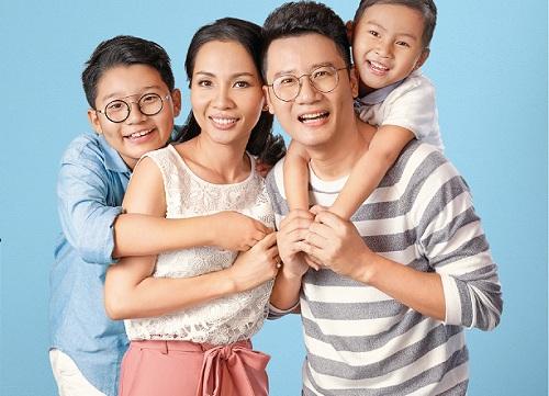 Gia đình ca sĩ Hoàng Bách