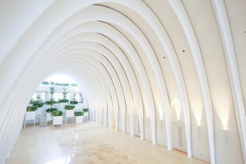 Tiền sảnh Ivory sang trọng phù hợp với những show diễn thời trang, trình diễn nghệ thuật ấn tượng.