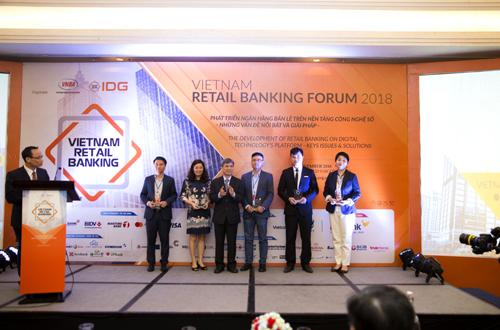 Đại diện BAC A BANK tham gia Diễn đàn Ngân hàng bán lẻ Việt Nam 2018