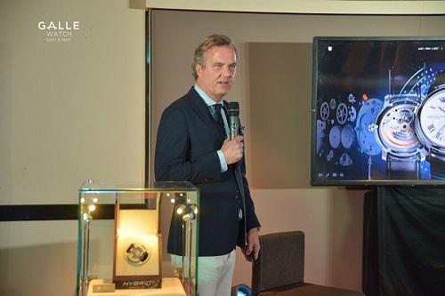Hybrid Manufacture  đồng hồ 3.0 đầu tiên trên thế giới đến Việt Nam - 3