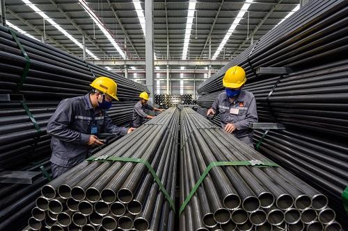 Ngành thép gặp nhiều khó khăn trong những năm qua do vướng cạnh tranh về giá với sản phẩm nhập khẩu từ Trung Quốc.