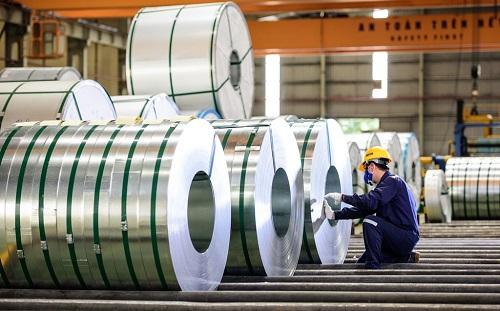 Hoa Sen hiện là doanh nghiệp dẫn đầu thị phần tôn mạ trong nước và chiếm vị trí thứ hai trên thị trường thép.