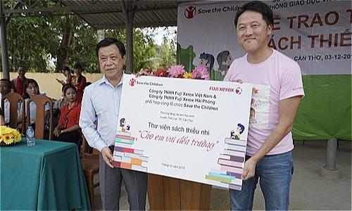 Khởi động dự án trao tặng tài liệu học tập tại Cần Thơ và Yên Bái