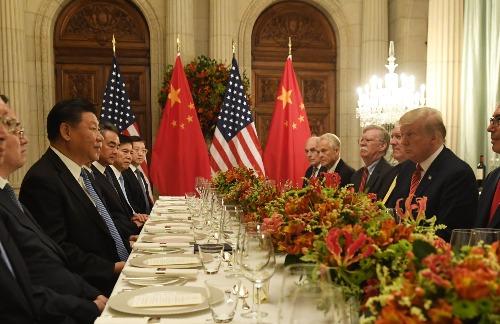 Lãnh đạo Mỹ - Trung Quốc gặp nhau bên lề G20 tuần trước. Ảnh: AFP