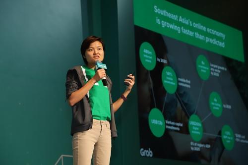 Bà Tan Hooi Ling - Đồng sáng lập Grab chia sẻ về chiến lược đưa Grab đến thành công tại Gala chung kết Startup Việt 2018 do báoVnEpxresstổ chức.