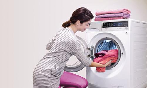 Máy giặt cửa trước mới của Electrolux có tính năng giặt hơi nước độc đáo