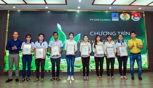 Khí Cà Mau tổ chức chương trình Gieo hạt giống tương lai