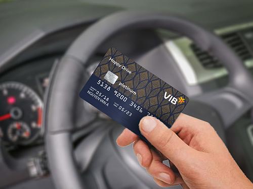 Hiện chưa có nhiều ngân hàng triển khai thẻ tín dụng dành cho chủ xe ôtô.