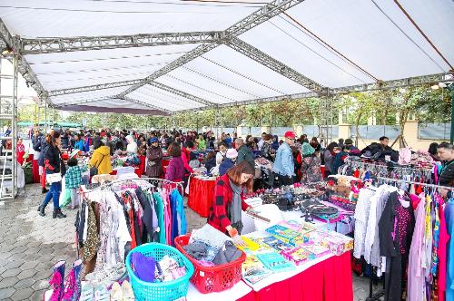 Flea Market - Hội chợ đồ cũ độc đáo tại Ciputra