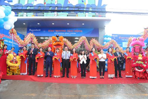 Lễ khai trương hoạt động Ngân hàng Sacombank chi nhánh Bình Chánh.