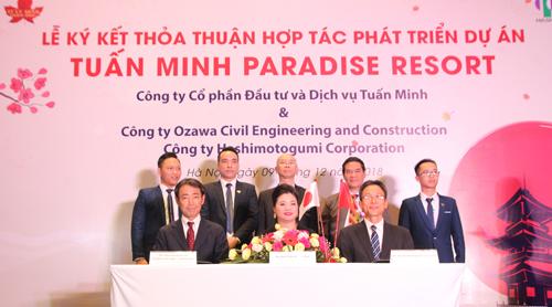 Đại diện các bên ký kết phát triển dự án Tuấn Minh Paradise Resort.