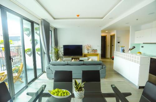 Các căn hộ được thiết kế linh hoạt, hài hòa với thiên nhiên với không gian mở, đón nắng, gió tự nhiên.