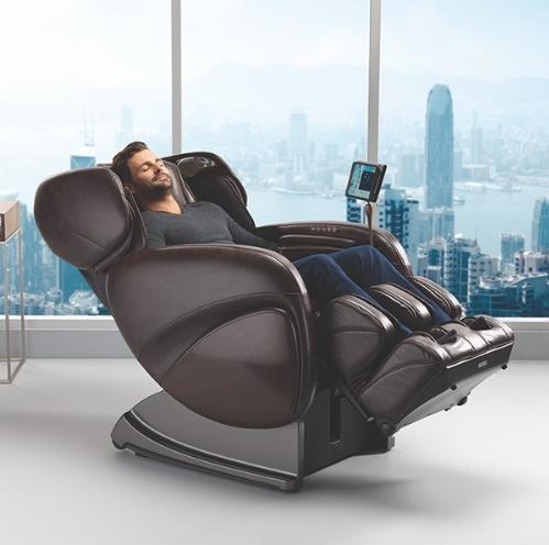 Người tiêu dùng ưa chuộng các dòng ghế massage thông minh.