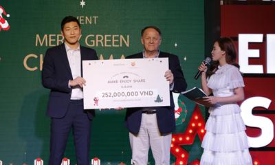Innisfree Việt Nam hỗ trợ kinh phí mổ tim cho trẻ em kém may mắn