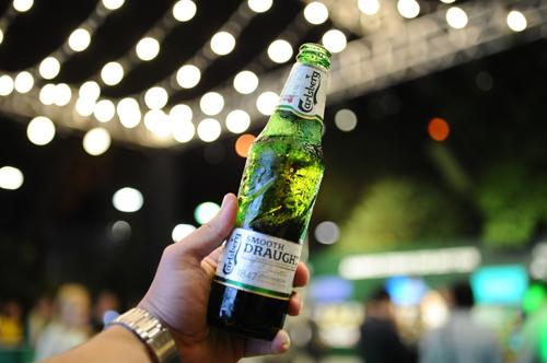 Sản phẩm Carlsberg Smooth Draught đóng chai.