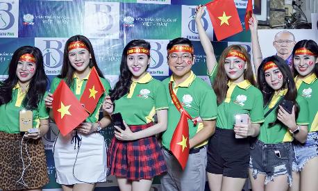 Viện thẩm mỹ Việt - Hàn tặng voucher 30% mừng Tuyển Việt Nam vô địch AFF Cup