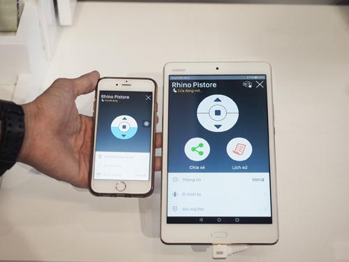 Giao diện ứng dụng quản lý cửa cuốn trên smartphone khá thân thiện, dễ sử dụng.