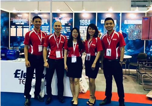 Đội ngũ nhân viên công ty tham gia triển lãm Vietwater 2018.