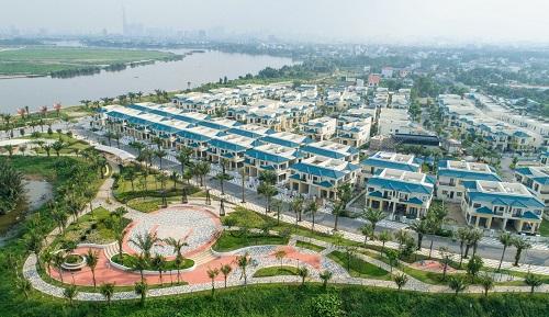 Toàn cảnh khu dân cư cao cấp Senturia Vườn Lài sát sông Sài Gòn trên mặt tiền đường Vườn Lài, phường An Phú Đông, quận 12, TP HCM.