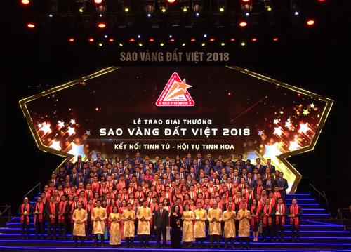 Lễ trao thưởng Sao vàng đất Việt.
