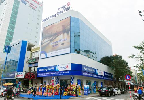 Bản Việt đang đẩy mạnh chiến lược phát triển hệ thống các điểm giao dịch, tiếp cận với đa dạng khách hàng.