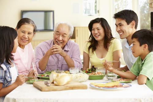 Việc duy trì gia đình đa thế hệ trong một ngôi nhà là một thách thức không nhỏ/