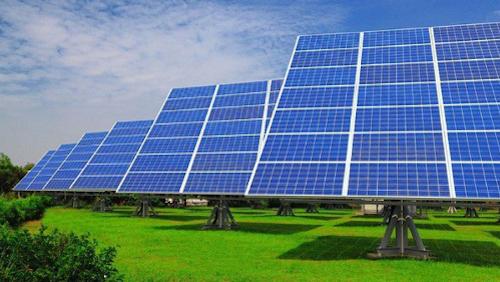 Bộ Công Thương đang xin bổ sung thêm 17 dự án điện mặt trời vào quy hoạch điện quốc gia.