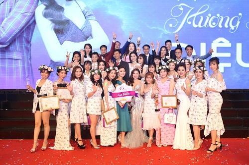 Sau 2 năm ra mắt thị trường, nước hoa Charme Perfume đã dành được nhiều thành công.