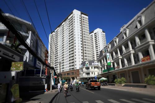 Khu đất 119 Phổ Quang, phường 9, quận Phú Nhuận, TP HCM (diện tích 15.028 m2, dự án Golden Mansion), một trong 7 khu đất bị tạm dừng chuyển mục đích sử dụng. Ảnh:Hữu Khoa