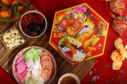 Bánh mứt kẹo Hà Nội tung nhiều sản phẩm được đánh giá cao về mẫu mã, chất lượng.