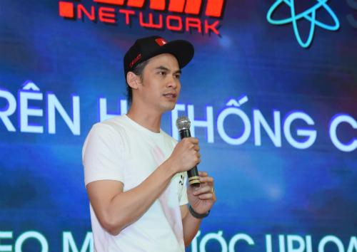 Ông Đào Phúc Trí - Giám đốc điều hành Yeah1 Group tại buổi công bố thương vụ chiều ngày 10/1.