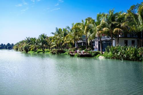 Không gian mặt nước đẳng cấp của biệt thự đảo Ecopark Grand - The Island.