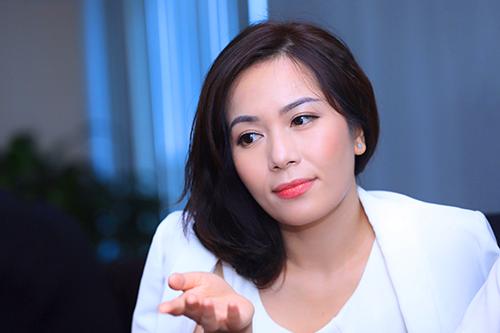 Bà Trần Thu Hương - Giám đốc chiến lược kiêm Giám đốc khối ngân hàng bán lẻ VIB. Ảnh:Hữu Khoa.