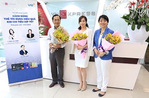 Từ trái qua: ông Vũ Quốc Tuấn - Giám đốc đối ngoại của công ty Lazada Việt Nam; bà Trần Thu Hương - Giám đốc chiến lược kiêm Giám đốc khối ngân hàng bán lẻ VIB; bà Winnie Wong - Quản lý khu vực Đông Dương của tổ chức phát hành thẻ Mastercard. Ảnh: Hữu Khoa.