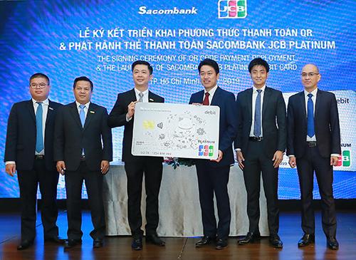 Sacombank và JCB chính thức ra mắt dòng thẻ thanh toán cao cấp nhất Sacombank JCB Platinum.