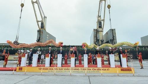 Đại diện tập đoàn Hoa Sen nhấn mạnh lô hàng 17.000 tấn tôn xuất khẩu đi Mỹ đánh dấu khởi đầu kỳ vọng nhiều tốt đẹp của Hoa Sen trong năm 2019.