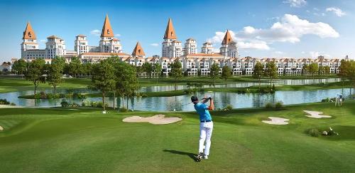 Các dự án dòng Sunshine Villas hướng tầm nhìn hướng ra sân golf, hồ điều hòa.