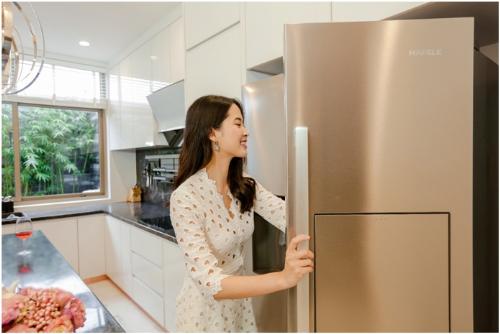 Với không gian bếp, chủ đầu tư cam kết sử dụng những thương hiệu nổi tiếng như Bosch, Hafele giúp người nội trợ có không gian thoải mái.