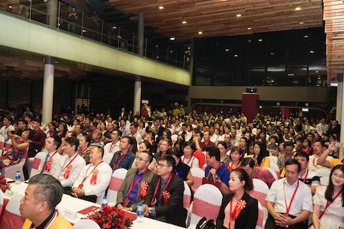 Hàng trăm người tham gia sự kiện ra mắt giai đoạn hai dự án The Peak. Ảnh: Tuấn Nhu.