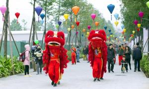 Hàng nghìn người trải nghiệm Tết cổ truyền tại ParkCity Hanoi