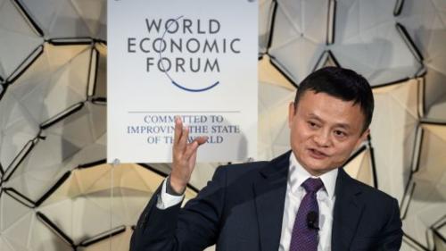 Jack Ma trong cuộc đối thoại tại WEF hôm qua. Ảnh: AFP