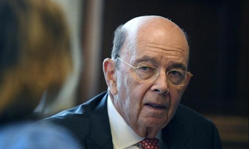 Bộ trưởng Thương mại Mỹ - Wilbur Ross trong một cuộc phỏng vấn. Ảnh: Reuters