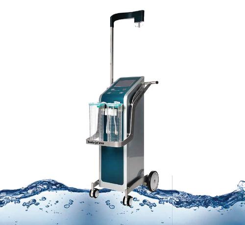 Body Jet là phương pháp hút mỡ sử dụng bằng áp lực tia nước.