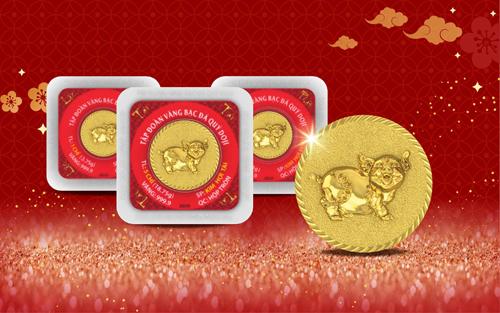 Đồng vàng 999.9 Kim Hợi Chiêu Tài với hình ảnh chú heo ngộ nghĩnh, xinh xắn mang lại niềm vui và hạnh phúc cho mọi gia đình. Sản phẩm được sản xuất với công nghệ ưu việt, đạt tiêu chuẩn vàng quốc tế và trọng lượng chính xác, từ 1,2 đến 5 chỉ