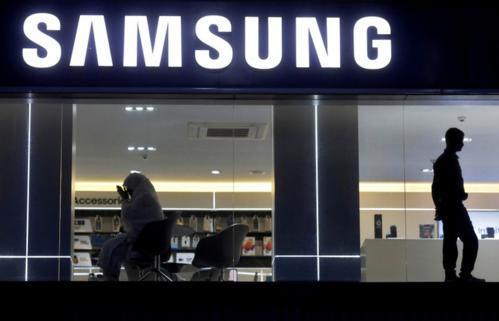 Một showroom của Samsung tại Ấn Độ. Ảnh: Reuters