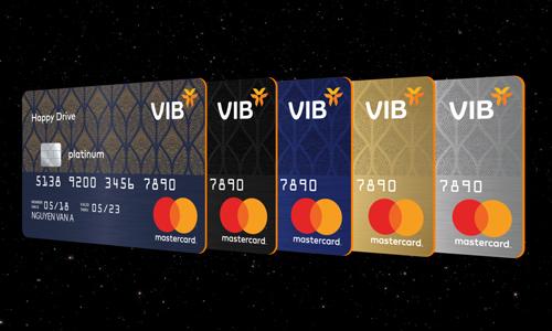Năm loại thẻ tín dụng được VIB ra mắt cuối tháng 11 vừa qua. Chi tiết xem tại www.vib.com.vn.