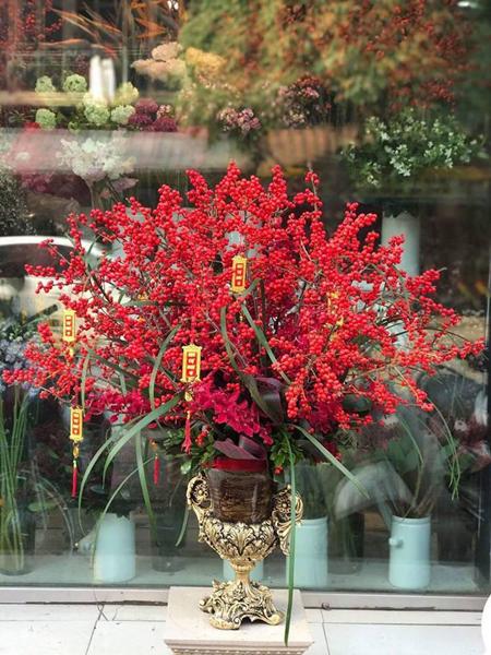 Giá một lọ đông đào có thể lên tới hàng chục triệu đồng. Ảnh: Lux Flower